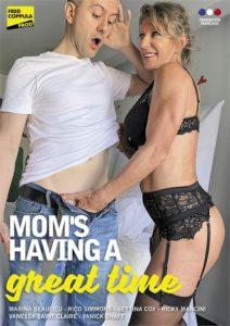 FilmPornoItaliano : Porno Streaming Mom's Having a Great Time Porn Videos