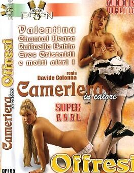 FilmPornoItaliano : Porno Streaming Cameriera in calore offresi Porno Streaming
