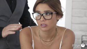 Film Porno Italiano : CentoXCento Streaming | Porno Streaming Agatha Vega segretaria porca si fa trapanare il culo dal suo boss Pinko Club Streaming